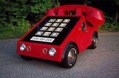A phone car....hahahahahaha! I would actually get this! <3