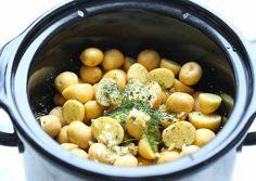 Une recette super facile pour faire un accompagnement de pommes de terre absolument parfait! Très bon :)