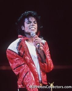 ♥ Michael Jackson ♥ Performance Beat It - BAD World Tour 1987-1989