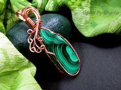 Handmade Malachite pendant in copper wire by Sharon Harper