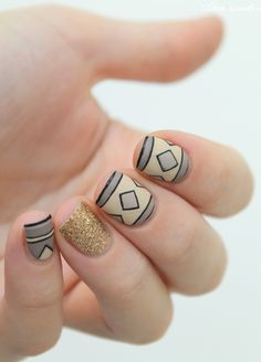 ▲ ▼ ▲ Coco's nails ▲ ▼ ▲: Poncho at your fingertips