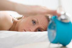 Després de que soni el despertador, a fer #esport!! I es que fer #exercici pel matí té més #beneficis dels que creus: et fa més constant, allibera l'estrès, et carrega d'energia... Descobreix més al següent article, és molt interessant!!!  www.elconfidencial.com/alma-corazon-vida/2013-10-18/nueve-razones-por-las-que-deberias-hacer-ejercicio-por-la-manana_42632/