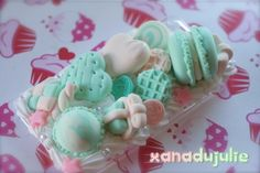 decoden: mint green Mint Sweets, Kawaii Accessories, Phone Accessories, Mint Candy, Decoden, Polymer Clay Charms, Color Theory, Give It To Me, Iphone Cases