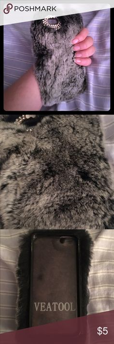 """Feels like rabbit fur. So soft! Doesn't block cam. iPhone 6/6s phone cover. Fashion accessory case. (I work in medicine and realized I could never actually use it because I would forget to change it out before my shift, ( I have before with other """"fun but less functional"""" cases - and no I didn't bring this one to work! Hah) lightly used but in perfect condition. Accessories Phone Cases"""