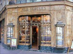 Beautiful old bakery - I think I saw this store while watching a Maigert show, but it was a pet shop.