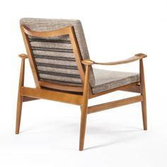 Stowe Lounge Chair in Brown   dotandbo.com