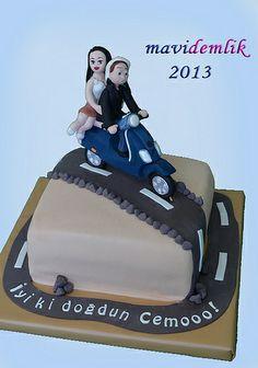 mavi demlik mutfağı- izmir butik pasta kurabiye cupcake tasarım- şeker hamurlu-kur: VESPA SCOOTER TEMALI PASTA