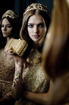 ELIE SAAB  | Haute Couture Autumn Winter 2015-16