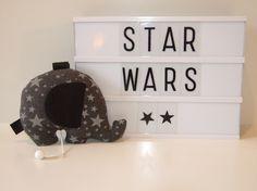 Berceuse musicale, boite à musique éléphant la guerre des étoiles, star wars tissu étoiles