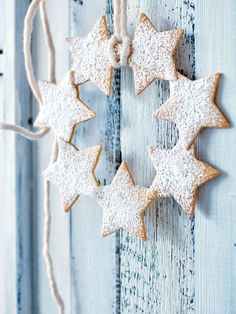 Star Cookie Wreath - Christmas - Picture Colors:  Light Blue, Tan, White