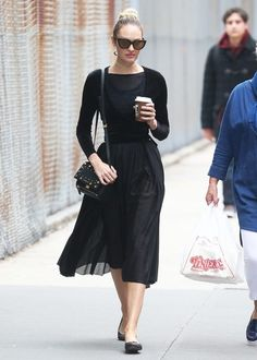 Candice Swanepoel Photos Photos - Model and new mom Candice Swanepoel is spotted out and about with her mother Eileen Swanepoel in New York City, New York on April 5, 2017. Candice is a South African supermodel, best known for her work with Victoria's Secret. - Candice Swanepoel Out And About In NYC With Her Mom