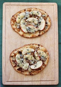 Caramelized Onion, Apple and Blue Cheese Naan Pizzas