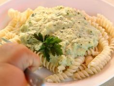 baby led weaning Fusilli mit Zucchinisauce