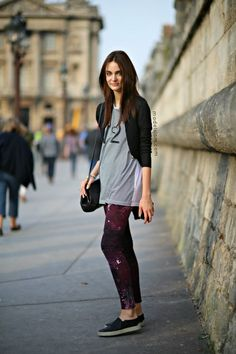 Zuzanna keeping it cruisy with her cool pants #offduty in Paris. #ZuzannaBijoch