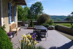 Chambre d'hôtes à Monein, Maison Canterou. Faites une pause dans cette exploitation viticole sur la route des vins de Jurançon.