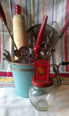 10 Pieces of Vintage Red Handled Kitchen Utensils. (BUCKET NOT INCLUDED) These pieces are shabby, wonderful chipped paint utensils that are Red Kitchen, Kitchen Items, Kitchen Utensils, Kitchen Gadgets, Kitchen Decor, Kitchen Stuff, Kitchen Display, Kitchen Things, Country Kitchen