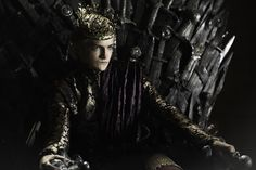 KILL the IMBRED JOFFREY!  you lil POS!  this kid should win awards but he makes the list cause I loath this character with every part of my being.
