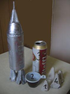 Űrhajó készítése a gyerekek örömére néhány kacatból!