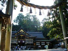 古代ロマン薫る!奈良・大神神社から石上神宮への「山辺の道」 | 奈良県 | トラベルjp<たびねす>