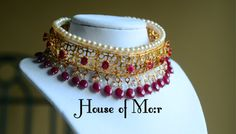 I love the Hydrabadi jewellery. And happy it comes back in fashion ! This is a Hydrabadi Guluband (collar) in Rubies (Chintaak)