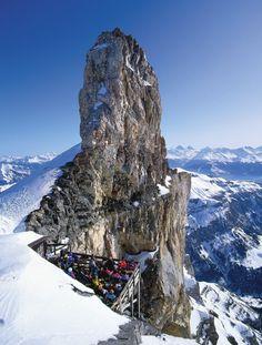 Quille du Diable (2908 m), Bernese Alps, Switzerland, Kalendář ALPS 2017