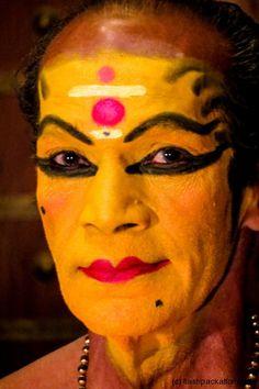 Traditional Indian Kathakali : Make up preparations #kerala #india #travel #theatre