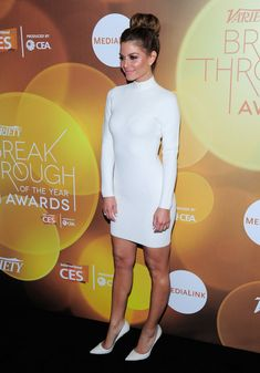 Maria Menounos Photos - TV personality Maria Menounos attends the Variety Breakthrough of the Year Awards during the 2014 International CES at The Las Vegas Hotel & Casino on January 9, 2014 in Las Vegas, Nevada. - Arrivals at the Variety Breakthrough Awards