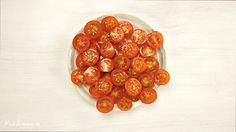 Cut tomatoes like a boss (in 5 seconds)
