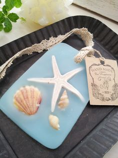 minne(ミンネ)| ワックスバー(ビーチ) Beach Stores, Wax Tablet, Candle Art, Organic Soap, Candels, Scented Wax, Home Made Soap, Baby Shower, Thank You Gifts