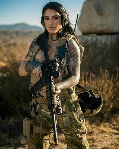 common Fighter Girl Gun for women life Military / Fighter (Girl) . guns girl day z Mujeres Tattoo, Women Poster, La Girl, Tough Girl, Female Soldier, Military Girl, Warrior Girl, Military Women, Badass Women