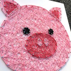 Who knew barnyard animals could be so cute? This adorable pig face is so fun!  This listing is for a made to order string art pig face sign