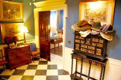 Un precioso hall en una casa de Sevilla