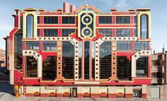 German photographer Peter Granser frames the bold and brilliant architecture of Freddy Mamani Silvestre in a new book, El Alto. This 24-page publication hones in on the pattern, shape and composition of the self-taught architect's designs, which can be...