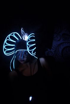 the Depths, 2012, college millinery project, by Jodi Easson, winner of Bonnet Makers Craft Award 2012