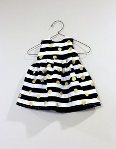 Hey, I found this really awesome Etsy listing at https://www.etsy.com/listing/229358425/baby-dress-black-white-stripes-gold-dots