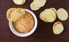 Chipotle, Bacon & Cheddar Dip Delicious with raw vegetables, potato chips, or crackers. Try with or without bacon Epicure Recipes, Snack Recipes, Snacks, Easy Recipes, Cheddar, Yummy Eats, Yummy Food, Bacon, Canadian Food