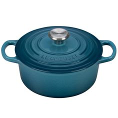 Le Creuset Signature Enameled Cast-Iron 2-Quart Round French (Dutch) Oven, Marine