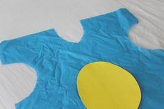 Disfraz para niños con bolsas de basura Costume, Carnival, Fancy Dress For Kids, Cardboard Mask, Simple Costumes, Trash Bag, Dinosaurs, Costumes, Fancy Dress