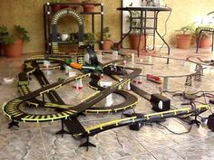 Race Car Sets, Slot Car Race Track, Ho Slot Cars, Slot Car Racing, Slot Car Tracks, Vintage Menu, Vintage Toys, Scalextric Track, Toys In The Attic