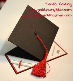 Pop Up Graduation Card Front goldstarglitter.com
