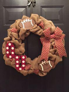 Oklahoma Sooners Football Wreath Ou Sports, Oklahoma Sooners Football, Sports Wreaths, Football Wreath, Boomer Sooner, Wreath Ideas, Football Season, Porch Decorating, Fall 2018