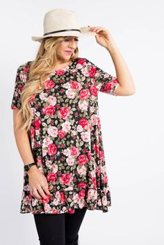 ba93a6760a98e I have one of these gorgeous floral ruffle Tunics left in size XXL  Absolutely beautiful and seeking its perfect owner 😍🌸