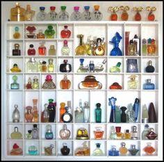 Mini perfume display for your wall. See the Disney ones on top? I used to have s… Mini perfume display for your wall. See the Disney ones on top? Perfume Storage, Perfume Organization, Perfume Display, Bottle Display, Mini Parfum, Tom Ford Perfume, Miniature Parfum, Vitrine Miniature, Minis