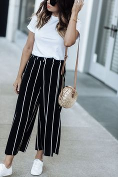 Biggest Trends In Women S Fashion Indian Fashion Dresses, Girls Fashion Clothes, Teen Fashion Outfits, Fashion Pants, Fashion Top, Nyc Fashion, Casual College Outfits, Cute Casual Outfits, Simple Outfits