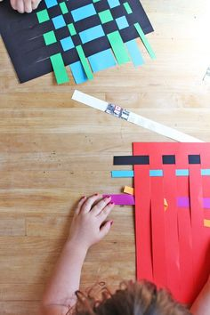 I love classic paper crafts for kids like today's project: Paper Weaving. I'… I love classic paper crafts for kids … Paper Crafts For Kids, Projects For Kids, Fun Crafts, Arts And Crafts, Children Art Projects, Art Project For Kids, Older Kids Crafts, Art Children, Motor Skills Activities