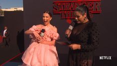 Millie Bobby Brown talks all things season 3 with Jessica Marie Garcia [HD Video] - On My Block Stranger Things Premiere, Stranger Things Videos, Stranger Things Actors, Bobby Brown Stranger Things, Stranger Things Season 3, Stranger Things Funny, Eleven Stranger Things, Stranger Things Netflix, Stranger Things Cast Interview