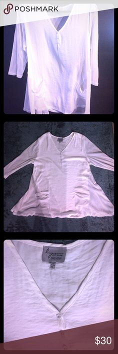 Lynn Ritchie Size XL white silk/mesh top. Lynn Ritchie brand, white V neck 3/4 length sleeve, flowy top made of white silk and mesh. Size XL. Gently used. Lynn Ritchie Tops