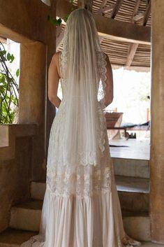 Eva Floating Veil Bohemian Bride, Bohemian Wedding Dresses, Boho Wedding, Bohemian White Dress, Ethereal Wedding, Wedding Ideas, Wedding Veils, Spring Wedding, Wedding Ceremony