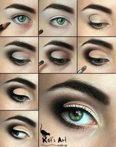 smoky eye makeup with a twist