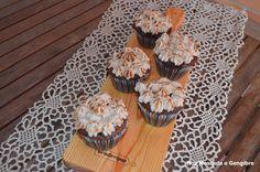Noz Moscada e Gengibre: Cupcakes de café e chocolate com merengue